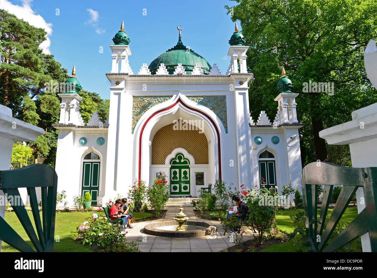 The 19th century Shah Jahan Mosque, Oriental Road, Woking, Surrey, England, United Kingdom - Stock Image