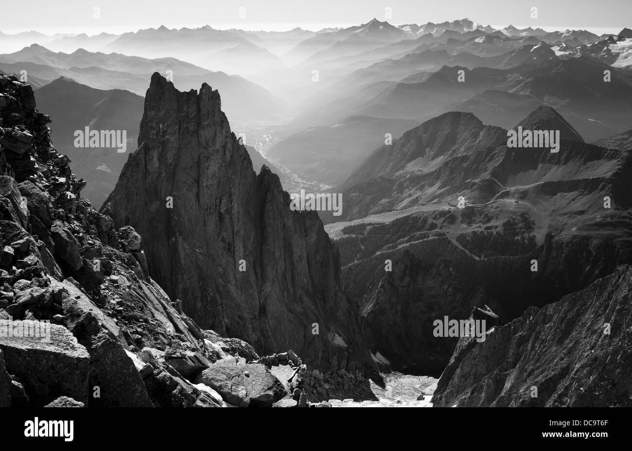 A look at Aiguille Noire de Peuterey and Aosta Valley from refugio Lampugnani (Eccles). Italy. Courmayeur. Monte - Stock Image