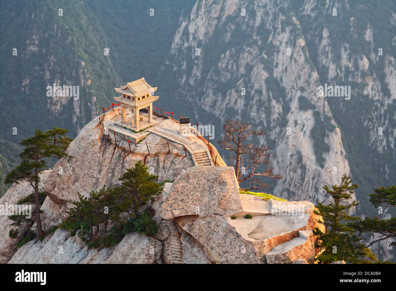 stone pagoda on the East Peak of the holy mountain HuaShan - Stock Image