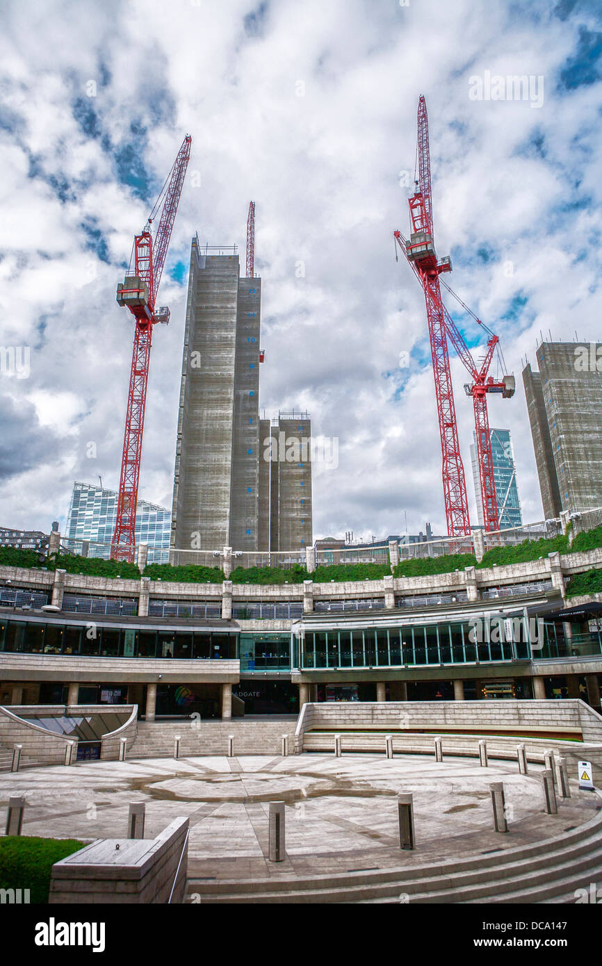 UBS construction cranes / partially completed lift shafts of UBS new offices at 5 Broadgate in the City of London. - Stock Image