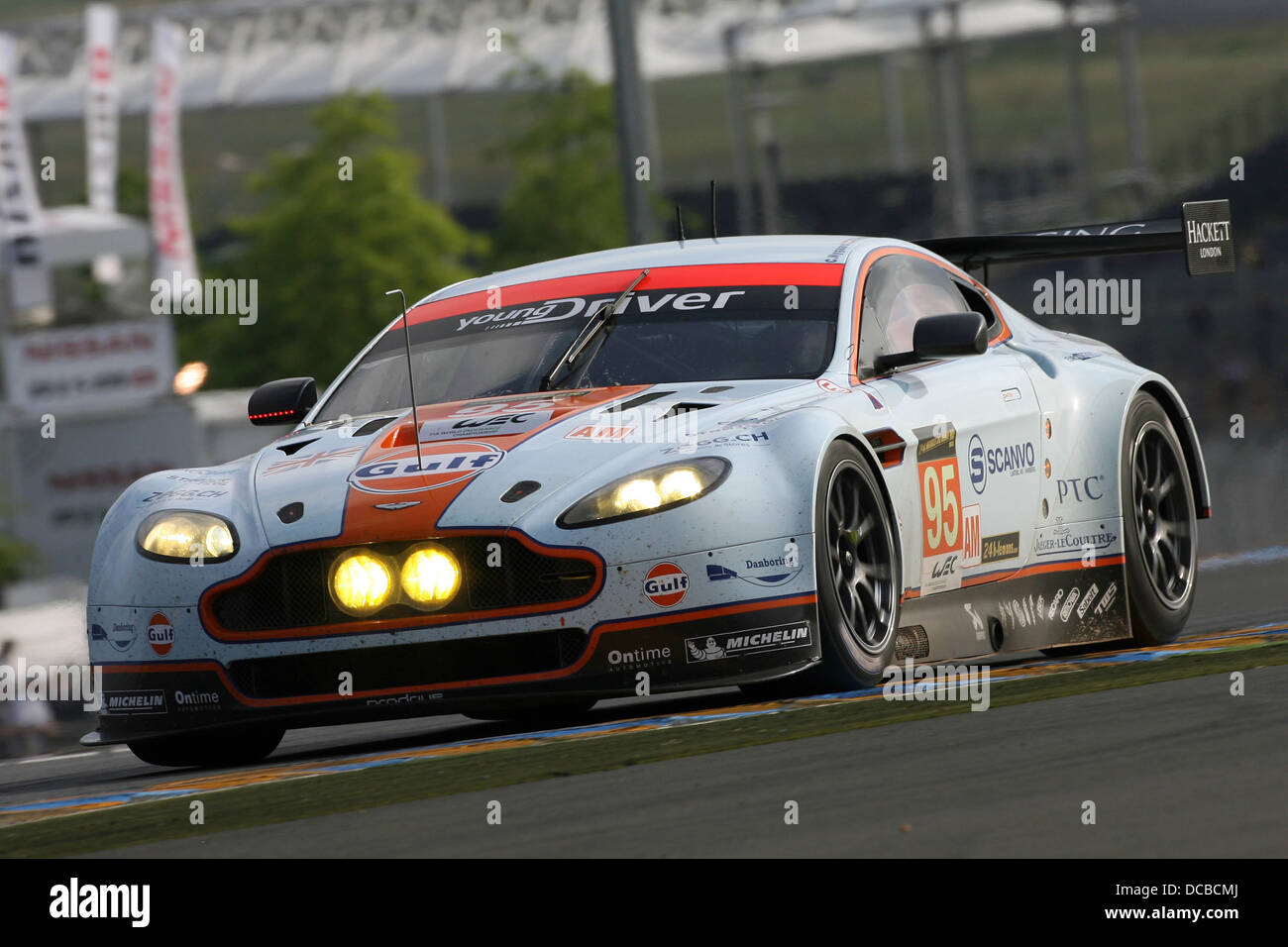 aston martin racing stock photos aston martin racing stock images alamy. Black Bedroom Furniture Sets. Home Design Ideas