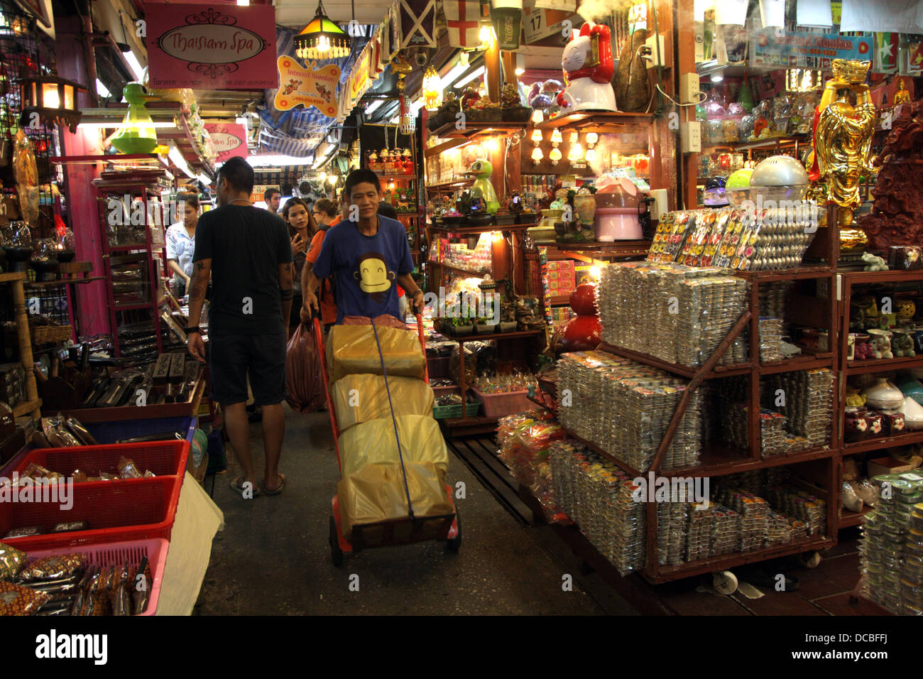 Beautiful Shops In Home And Decoration Shop Area In Chatuchak Weekend Market In  Bangkok , Thailand
