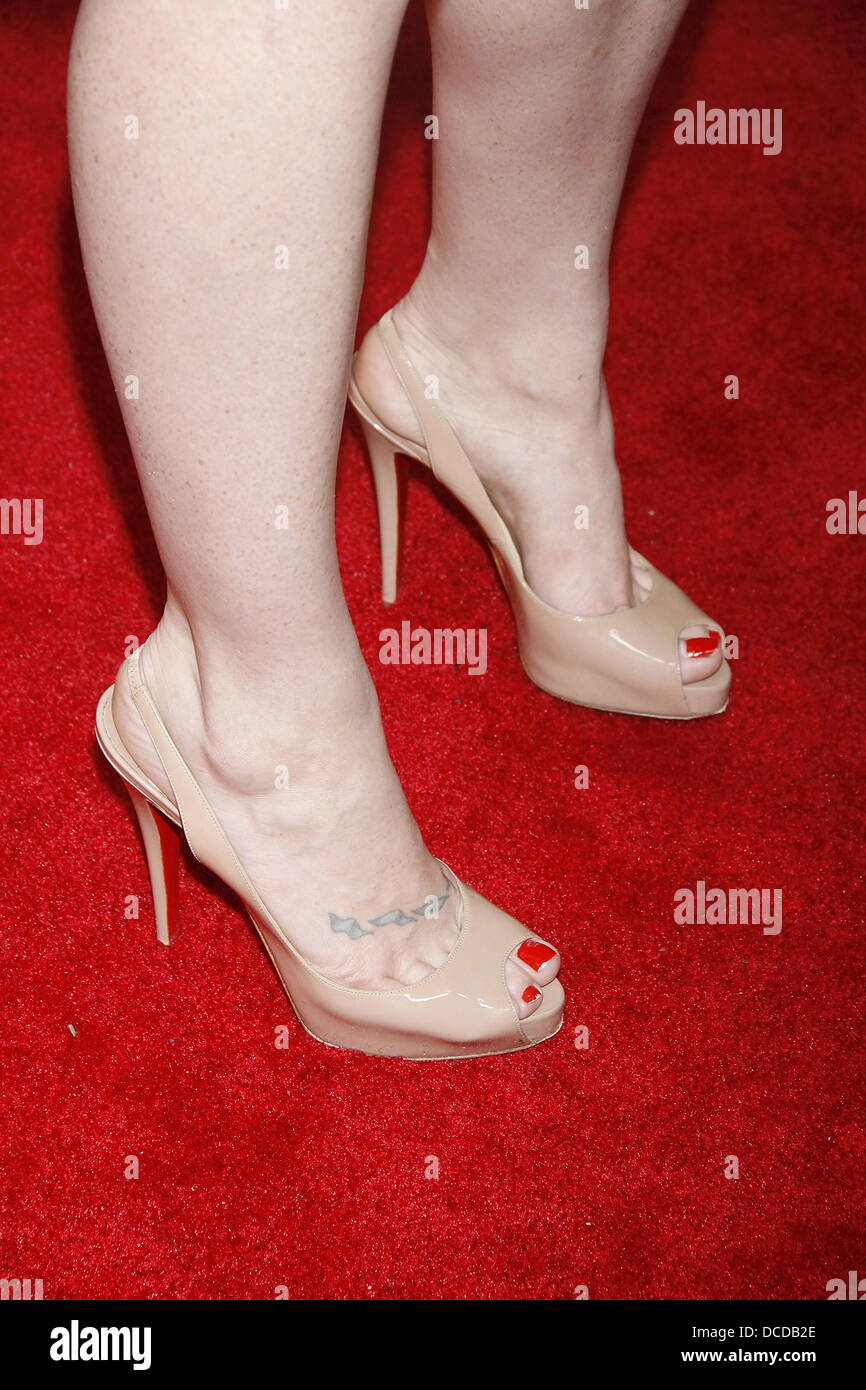 Feet Nicole LaLiberte