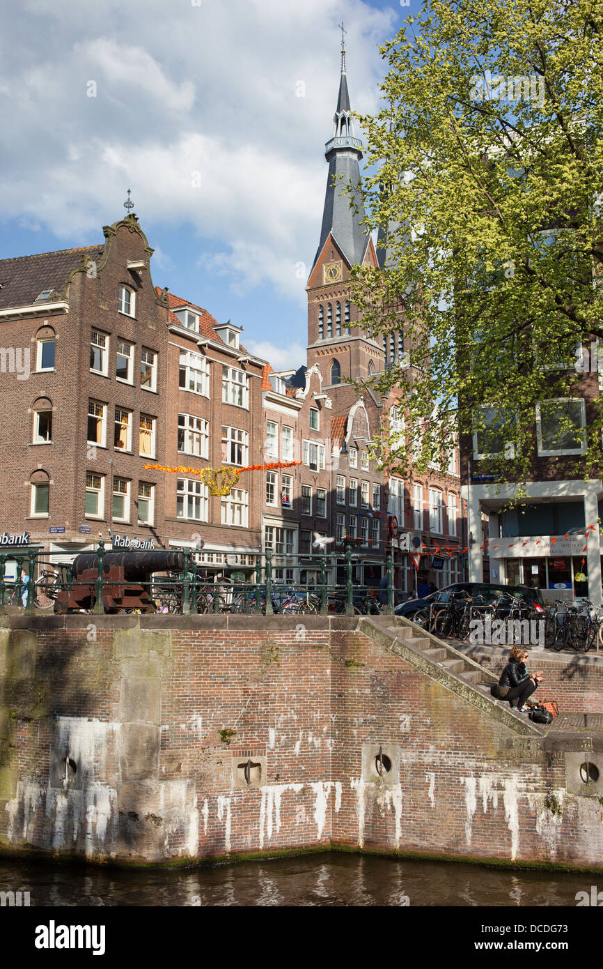 Korte Prinsengracht canal waterfront and buildings on Haarlemmerstraat in Amsterdam, Holland, Netherlands. - Stock Image