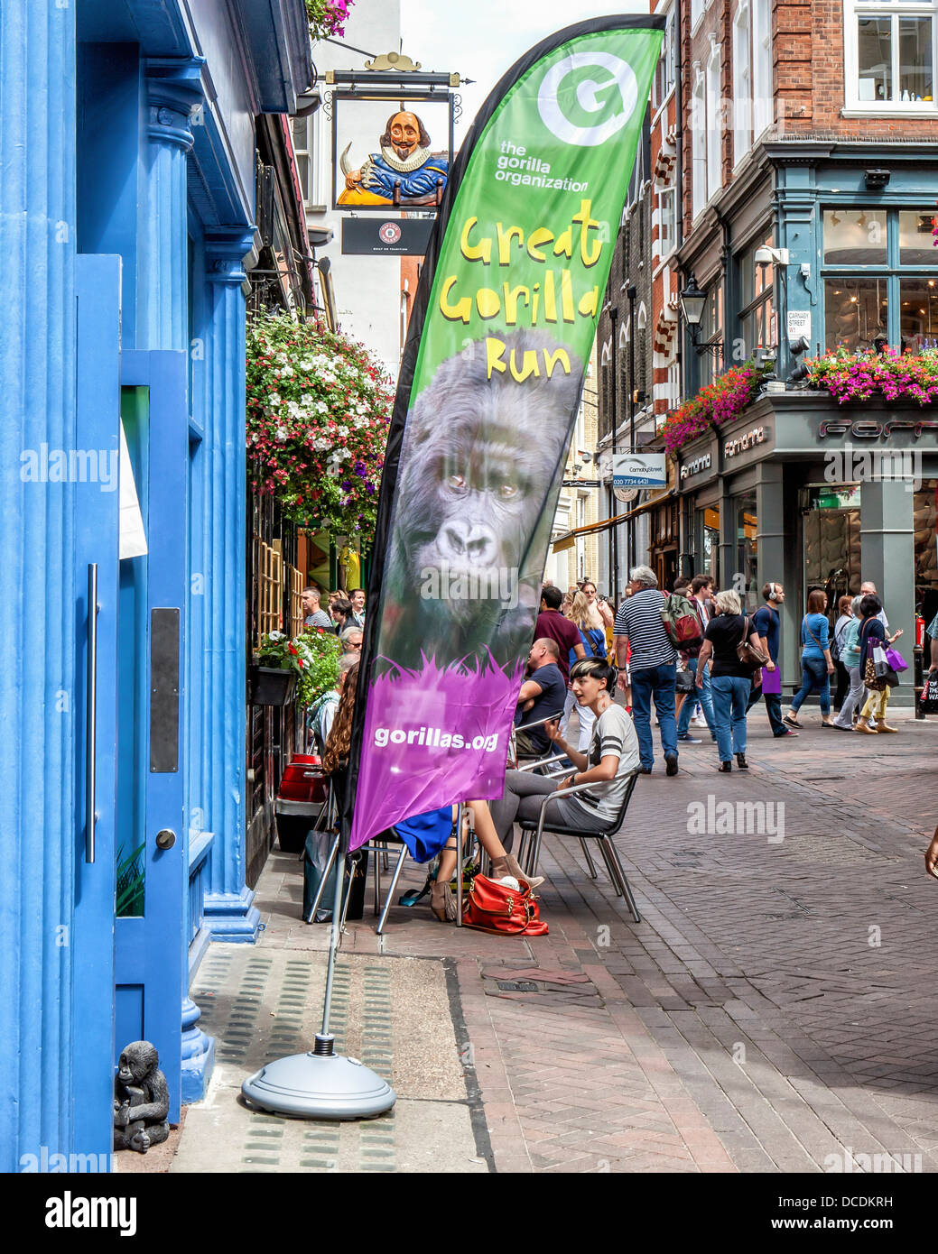 Gorillas.org - Pop-up ' save the gorilla' charity shop in Carnaby street, Soho, London - Stock Image
