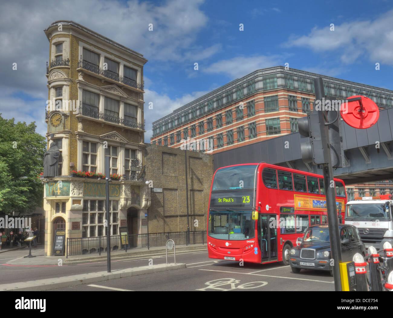 Black Friar pub, junction Queen Victoria St, Blackfriars, London, England UK EC4V 4E - Stock Image