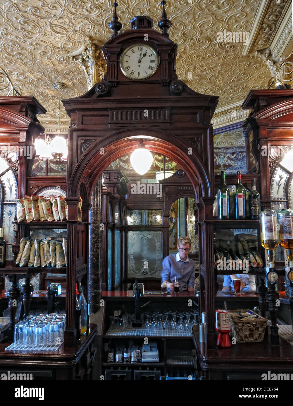 Wooden Bar clock Princess Louise Pub Holborn London City England - Stock Image