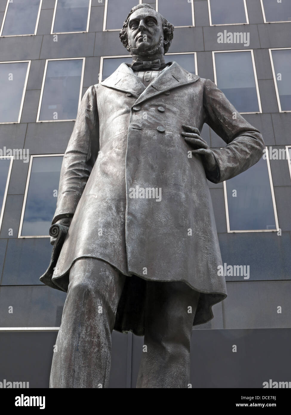 Robert Stephenson statue outside Euston Station London, England - Stock Image