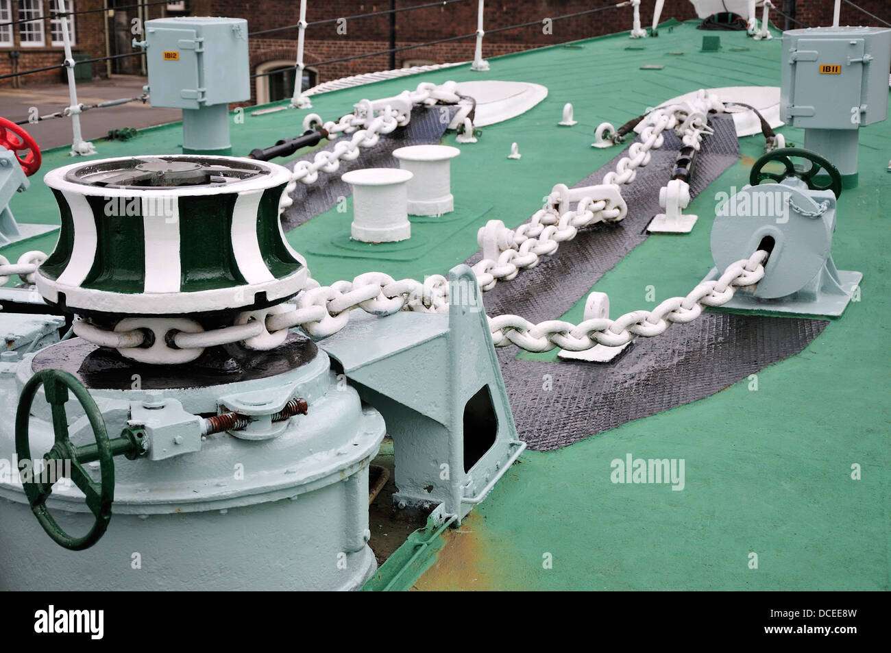 Chatham, Kent, England, UK. Chatham Historic Dockyard. HMS Cavalier (destroyer, 1944) Capstan and heavy chains - Stock Image