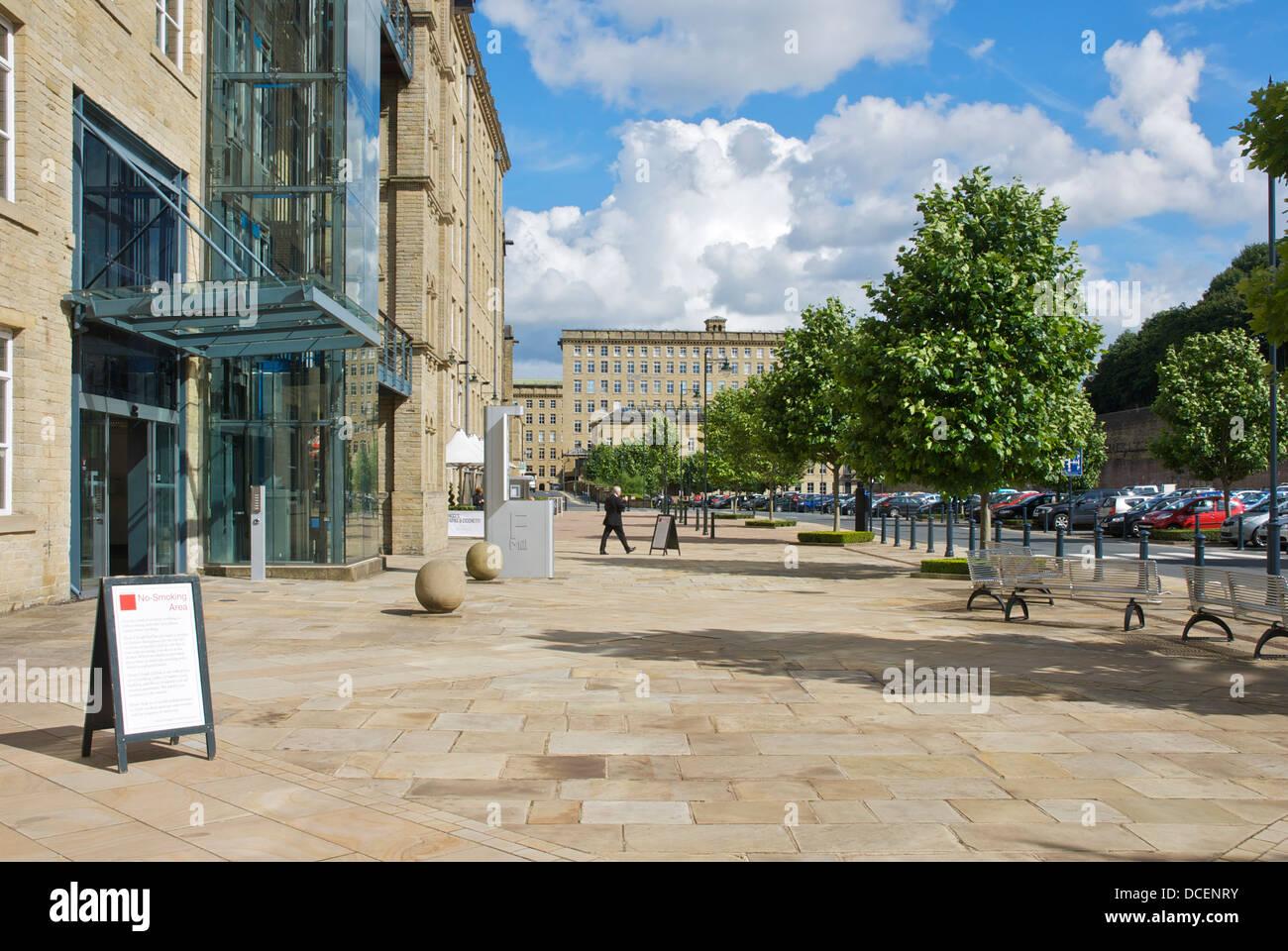 Dean Clough Mills, Halifax, West Yorkshire, England UK - Stock Image