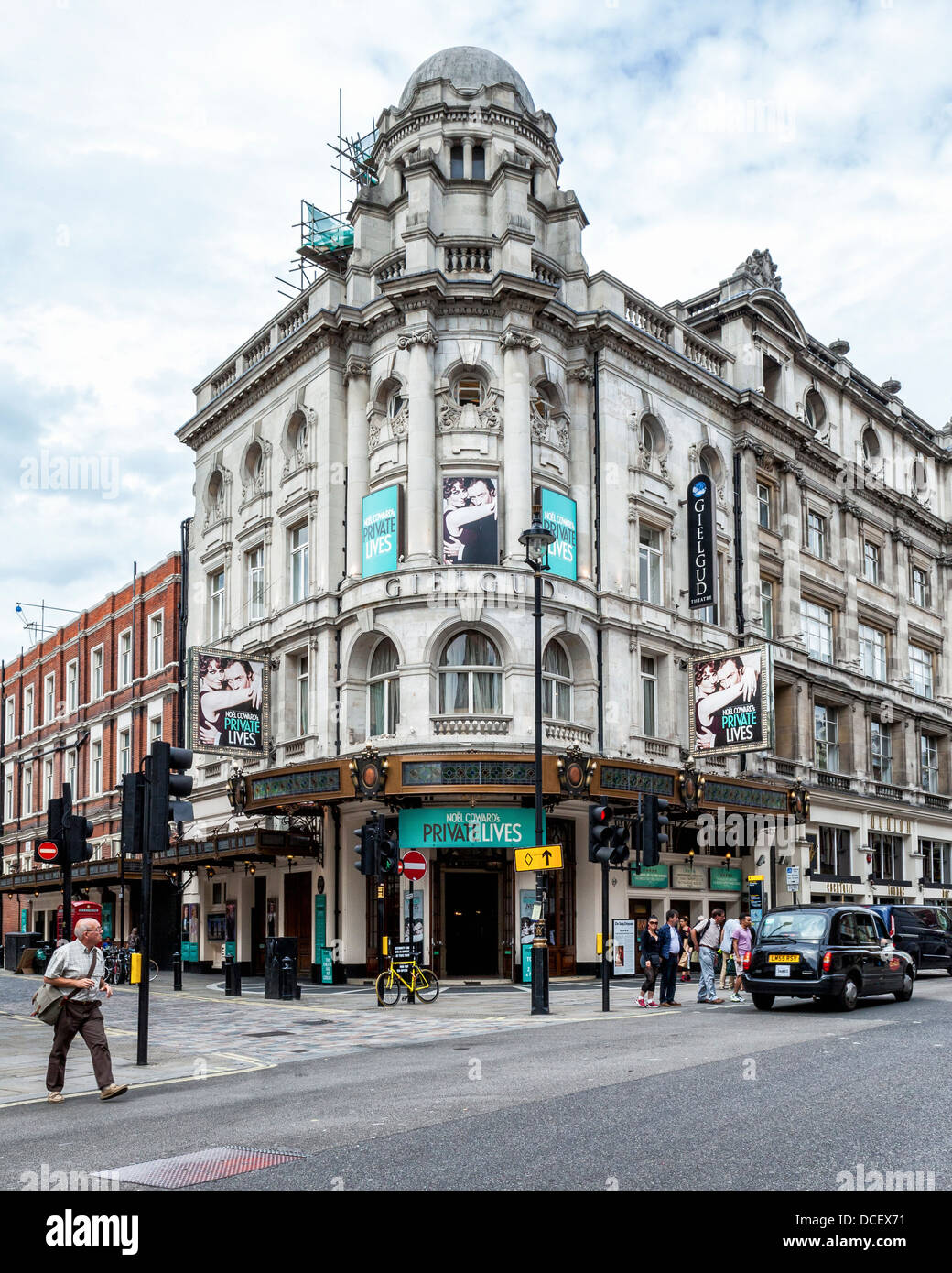 The Gielgud theatre showing the play 'Private Lives' - Shaftesbury Avenue, West End, London, W1, - Stock Image