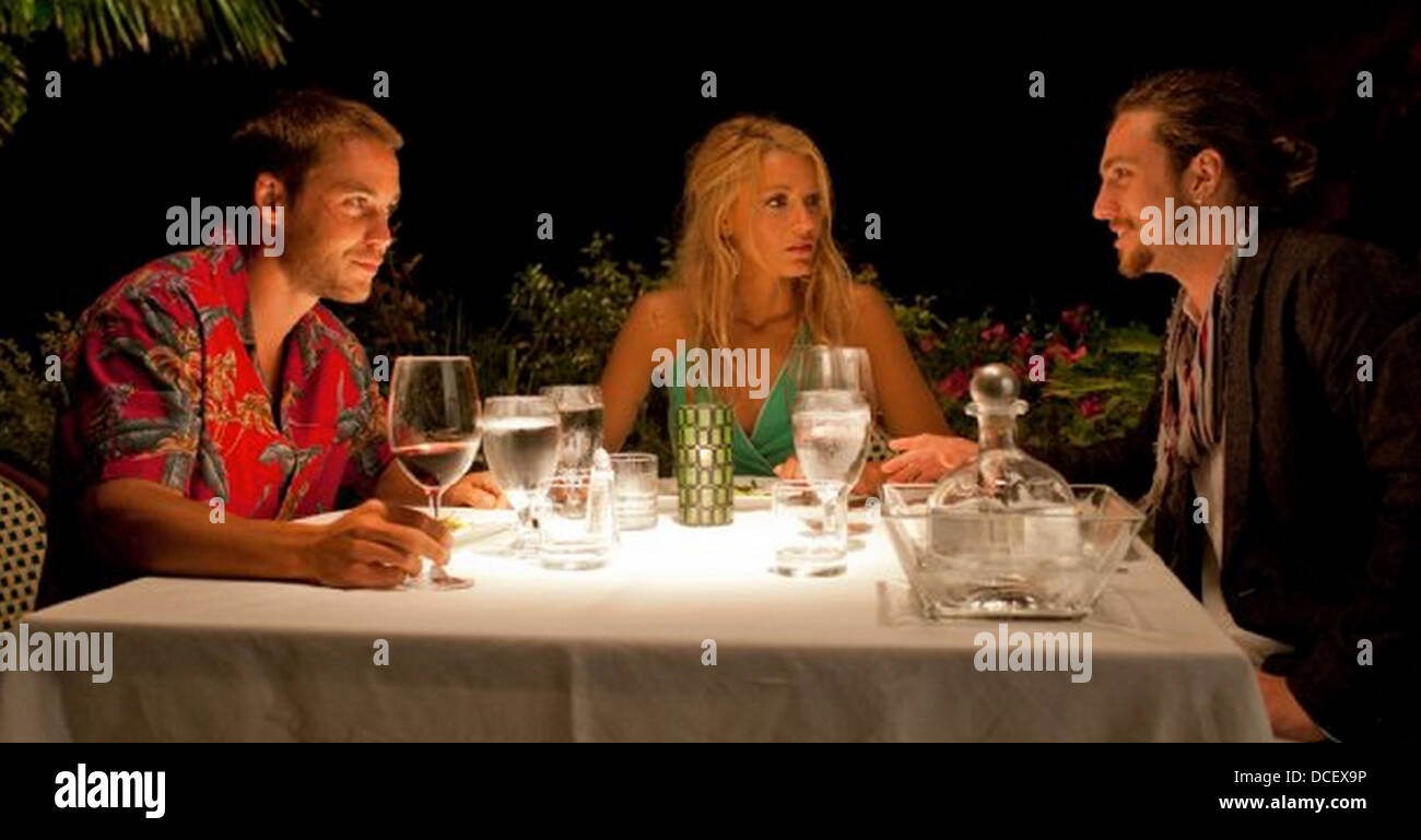 SAVAGES 2012 Universal Pictures film with from l: Aaron Taylor-Johnson, Blake Lively, Taylor Kitsch - Stock Image