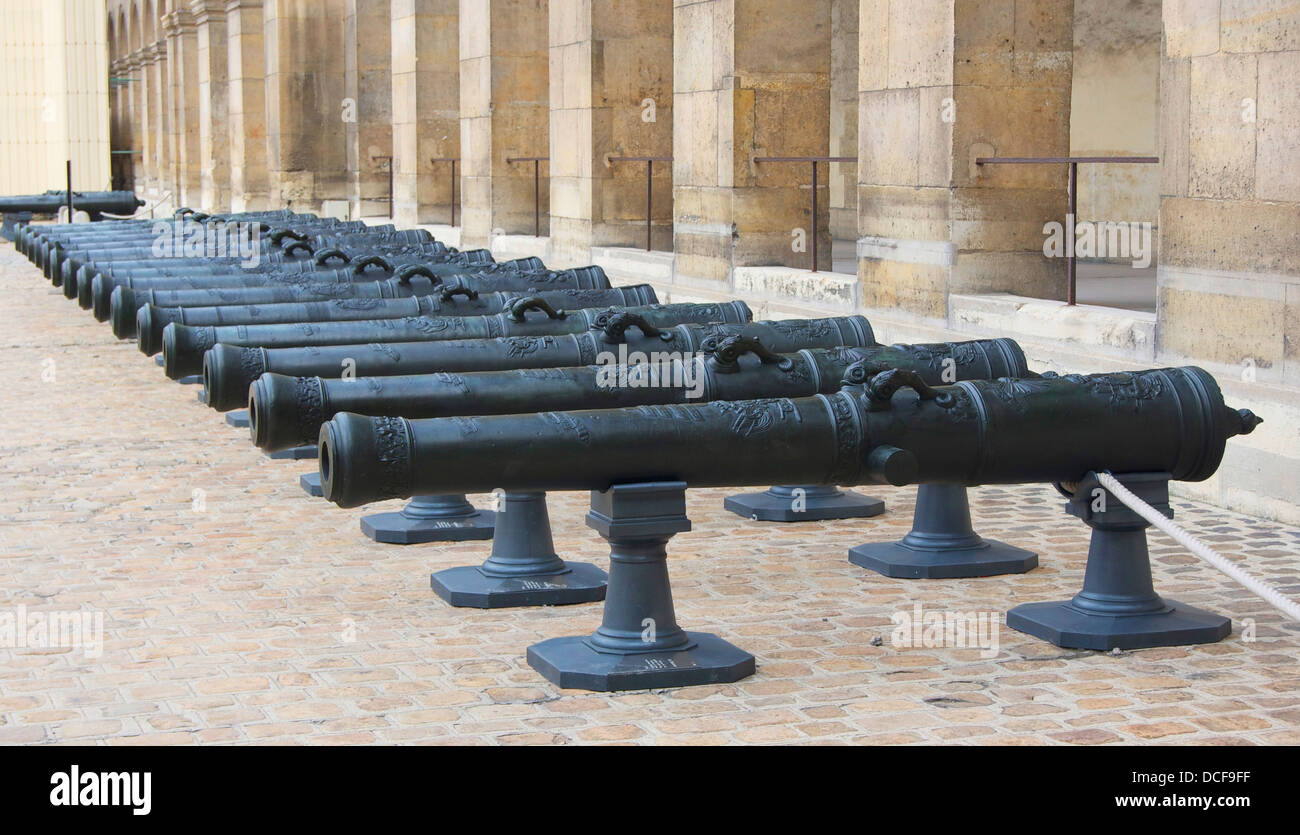 bronze cannons, 1736, Honor Courtyard of Les Invalides, Paris - Stock Image