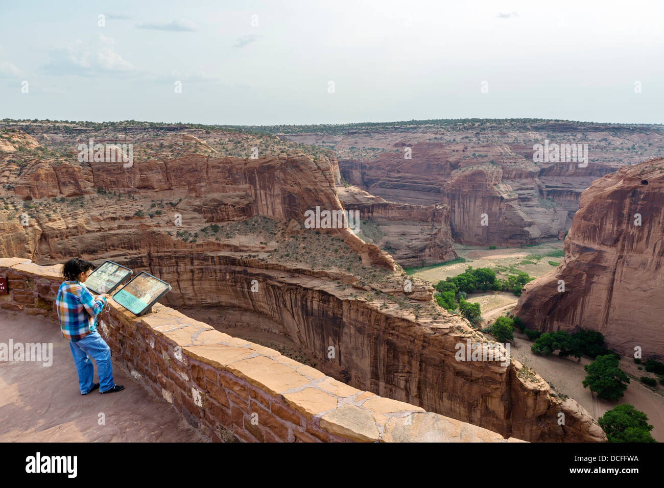 The Antelope House overlook on the North Rim at Canyon de Chelly National Monument, Chinle, Arizona, USA - Stock Image