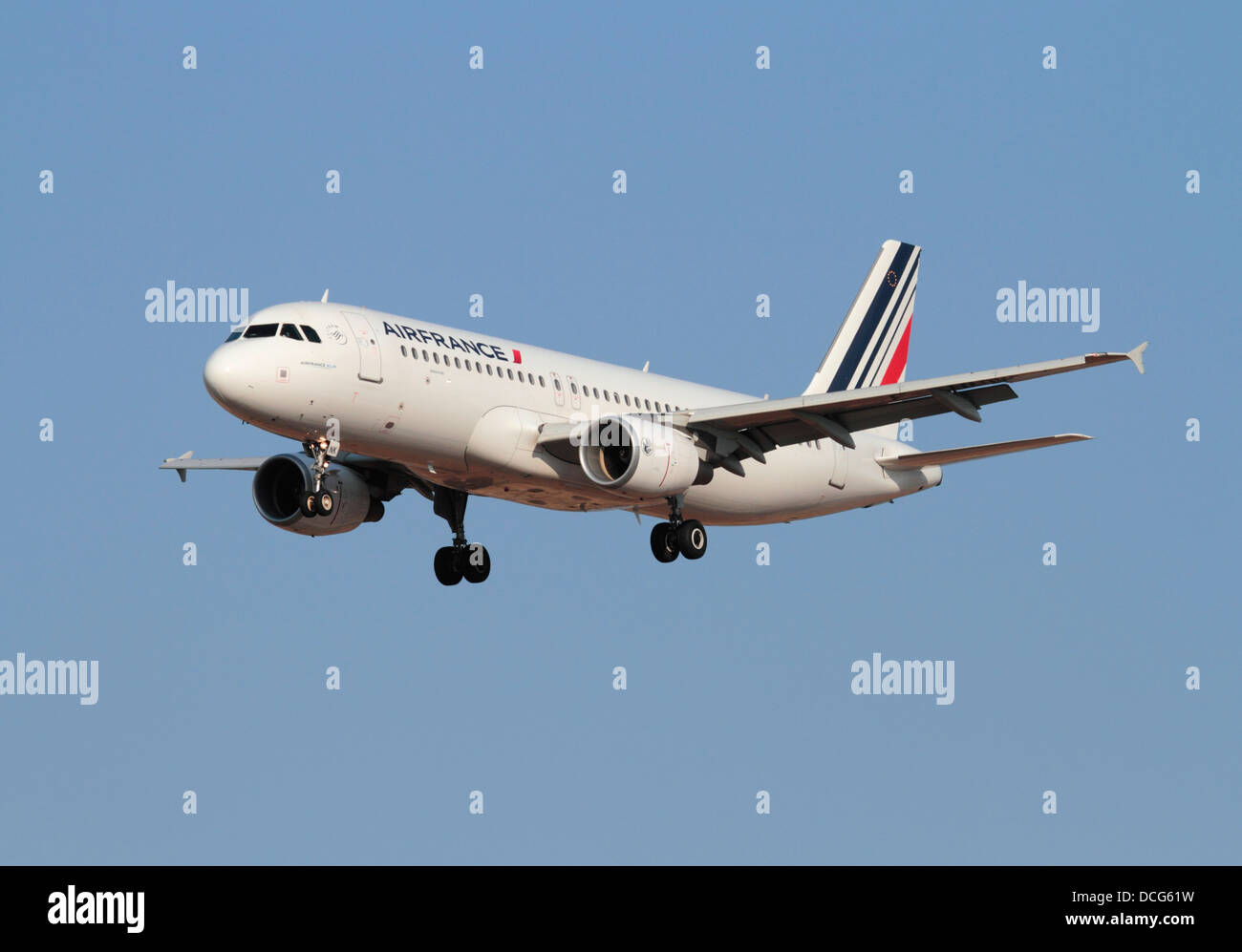 Airbus A320 commercial passenger jet aircraft belonging to French airline Air France on approach against a clear - Stock Image