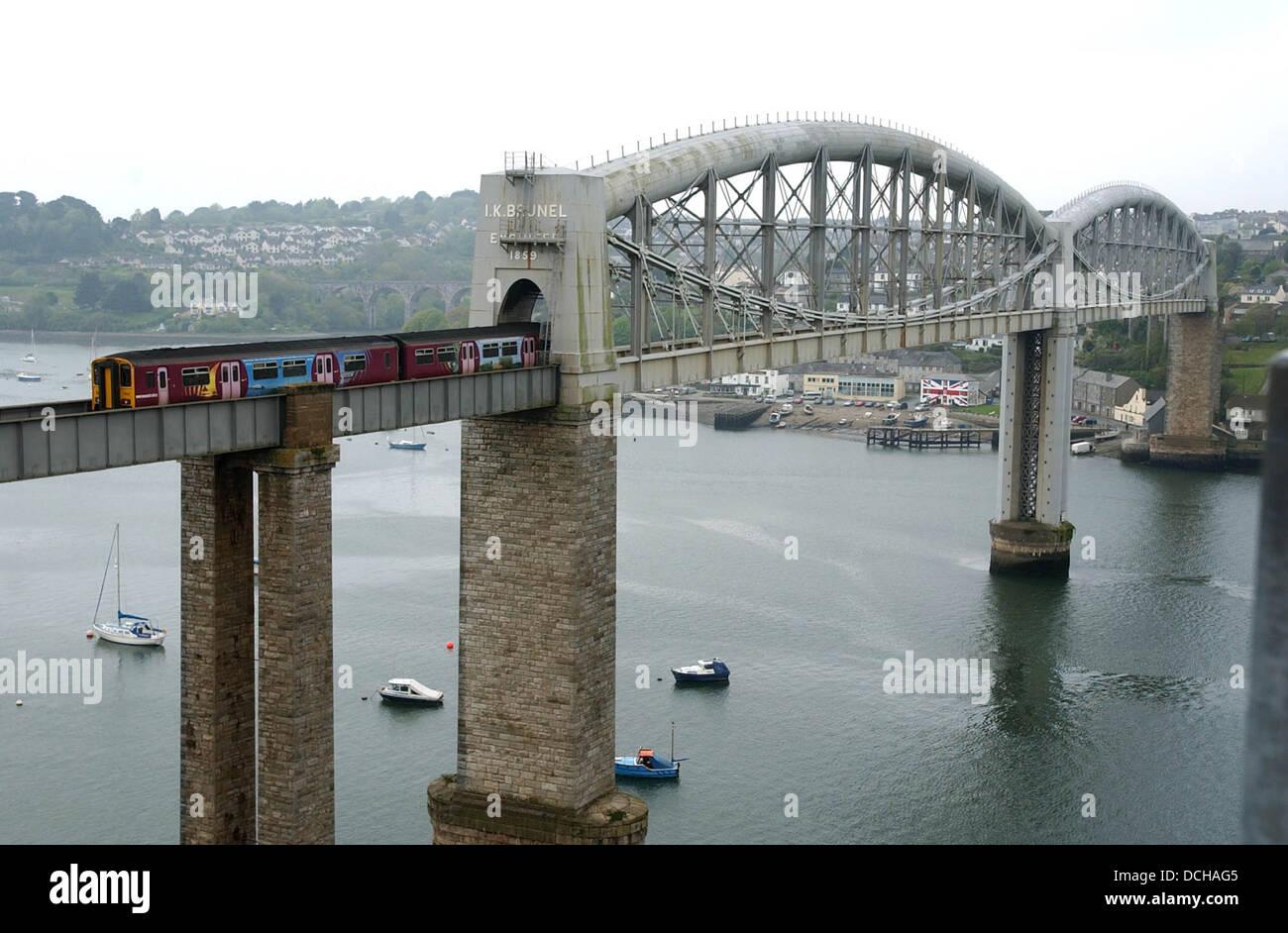 The Brunel Bidge joining Devon & Cornwall over the River Tamar . - Stock Image