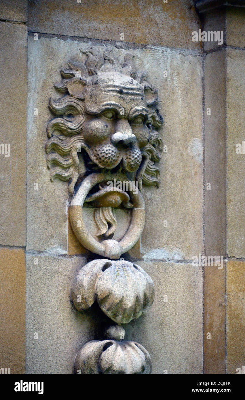Lion sculpture on gatepost, Saint Catherine's College. University of Cambridge, Cambridgeshire, England, United - Stock Image