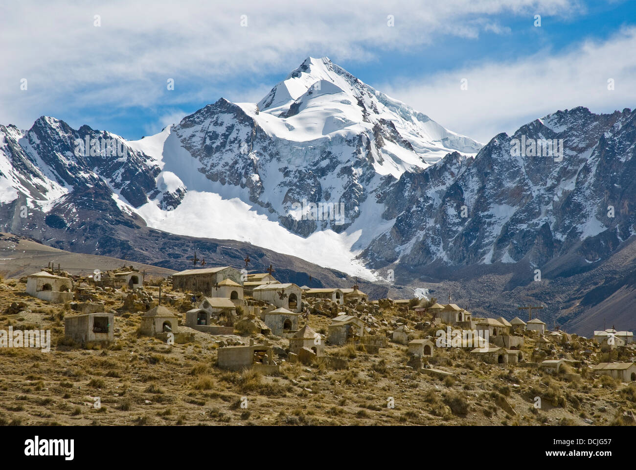 Cemetery of miners with the mountain Huayna Potosi in the background - Stock Image