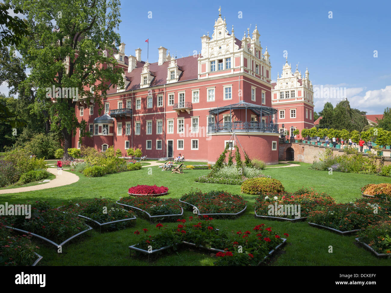neuen schloss bad muskau in muskauer park fuerst pueckler park stock photo 59435487 alamy. Black Bedroom Furniture Sets. Home Design Ideas
