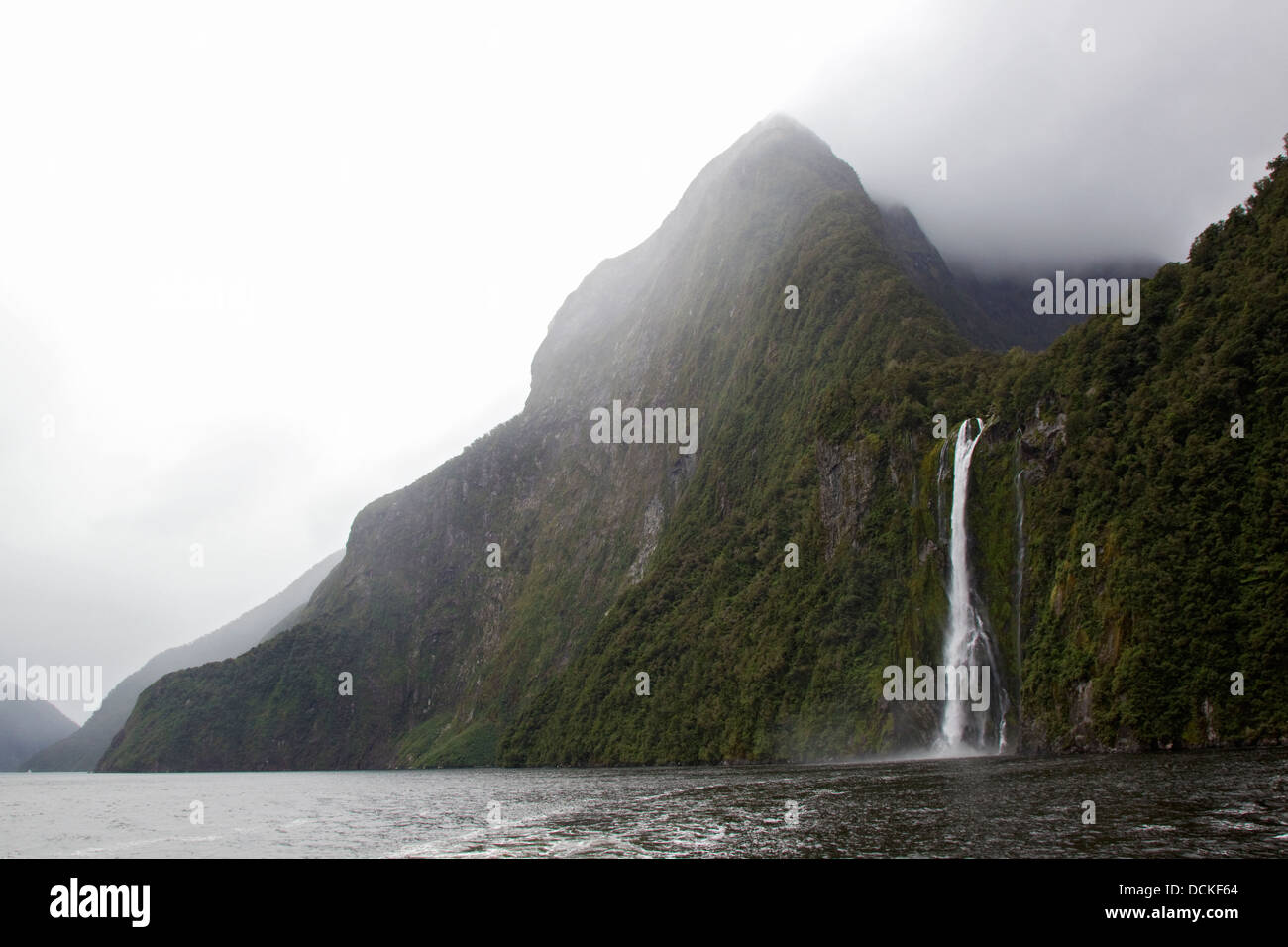 Misty fjords of Milford Sound, New Zealand - Stock Image