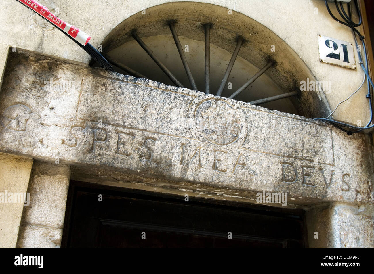 Attesting to past religious occupants of this house in Nice, Spes Mea Deus translates as God is my hope - Stock Image