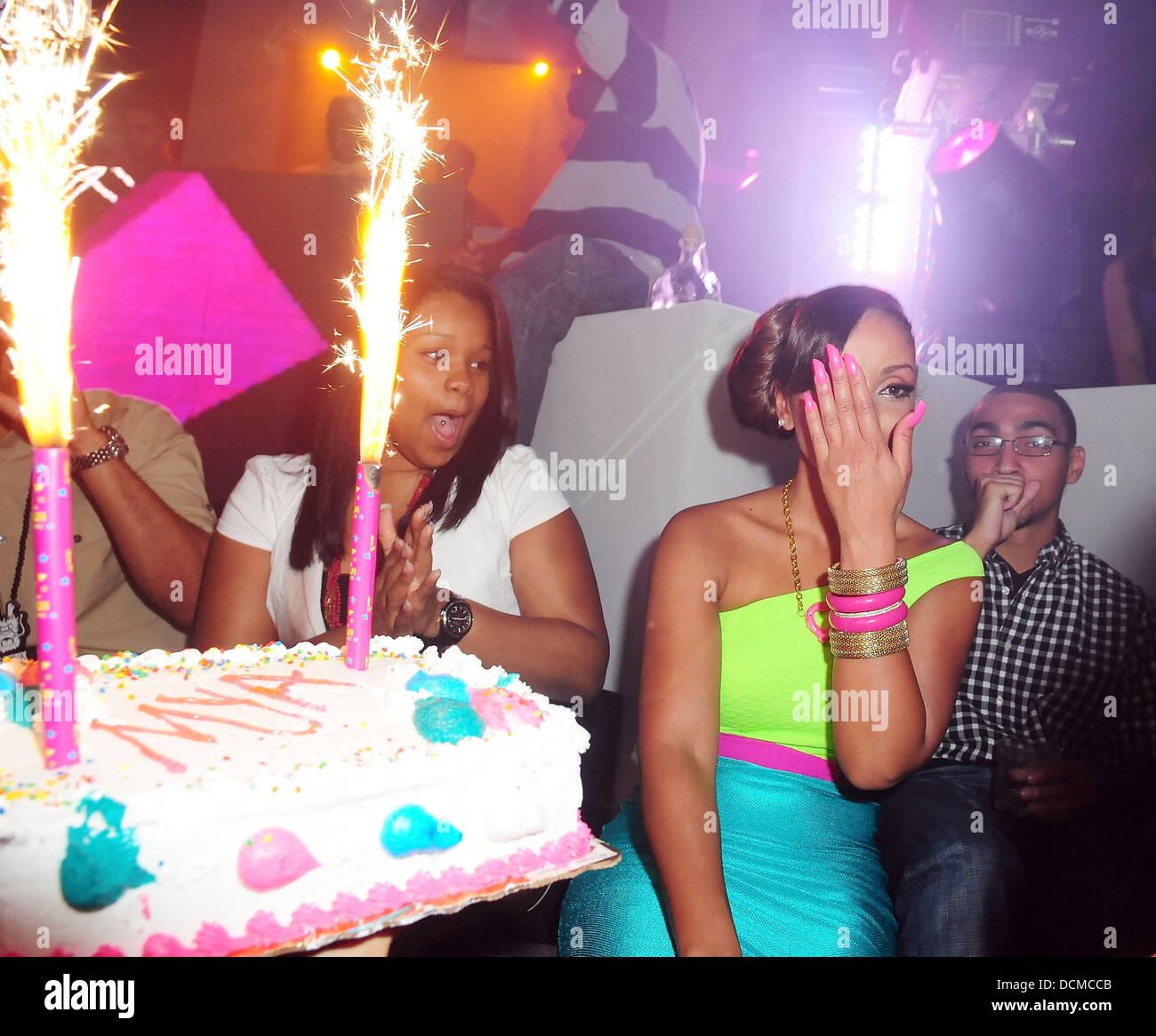 Strange Mya Myas Birthday Celebrations At Mansion Nightclub In Miami Funny Birthday Cards Online Alyptdamsfinfo