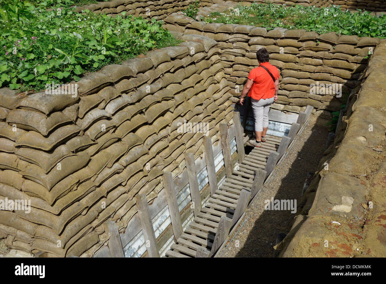 Fire Trench Stock Photos Images Alamy Diagram Ww1 British First World War One Showing Wwi Wooden Duckboards On A Frames Sandbags