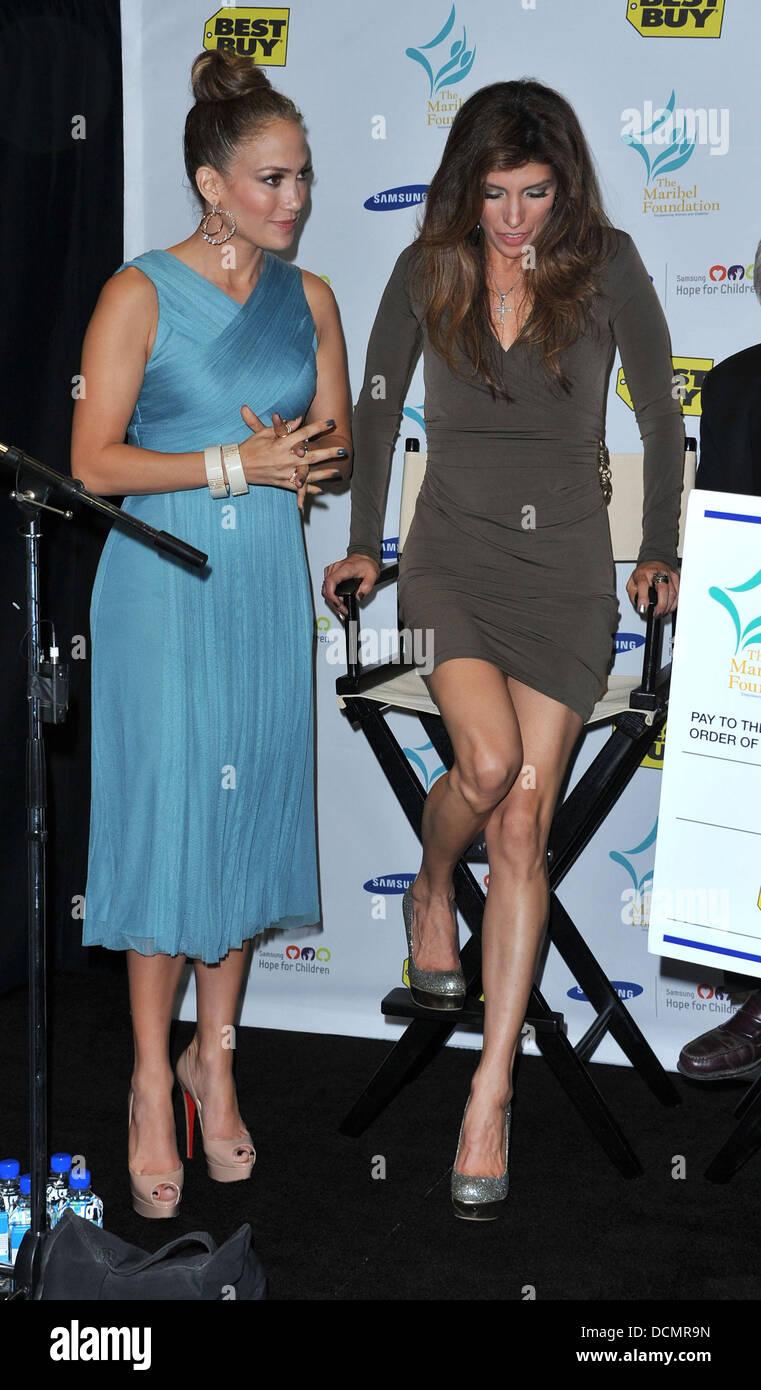 Jennifer Lopez Sister Lynda Lopez Stock Photos & Jennifer Lopez ...