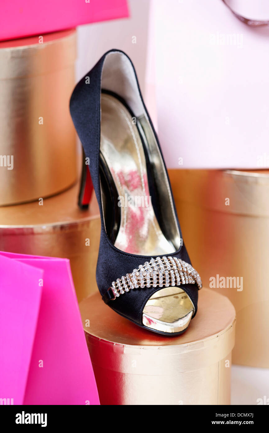 86282e024286c High Heel Shoes Front Stock Photos & High Heel Shoes Front Stock ...