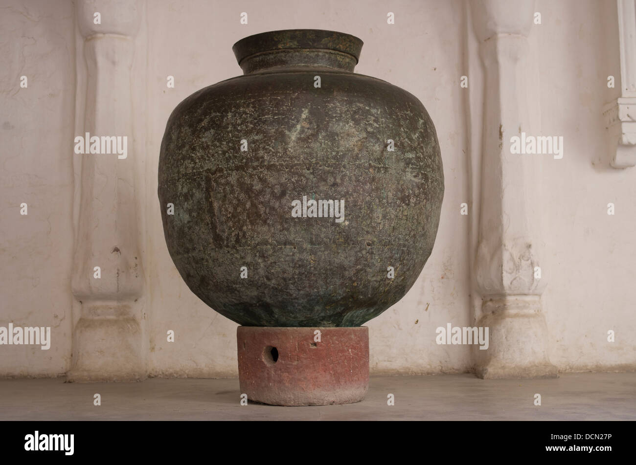 Vase at Meherangarh Fort - Jodhpur, Rajashtan, India - Stock Image