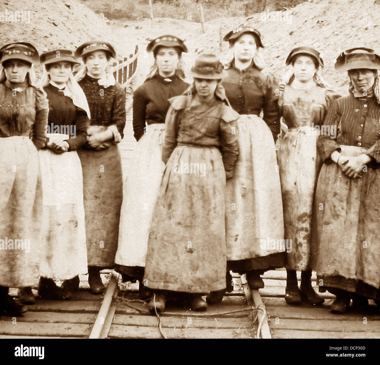 Pit Girls Victorian period - Stock Image
