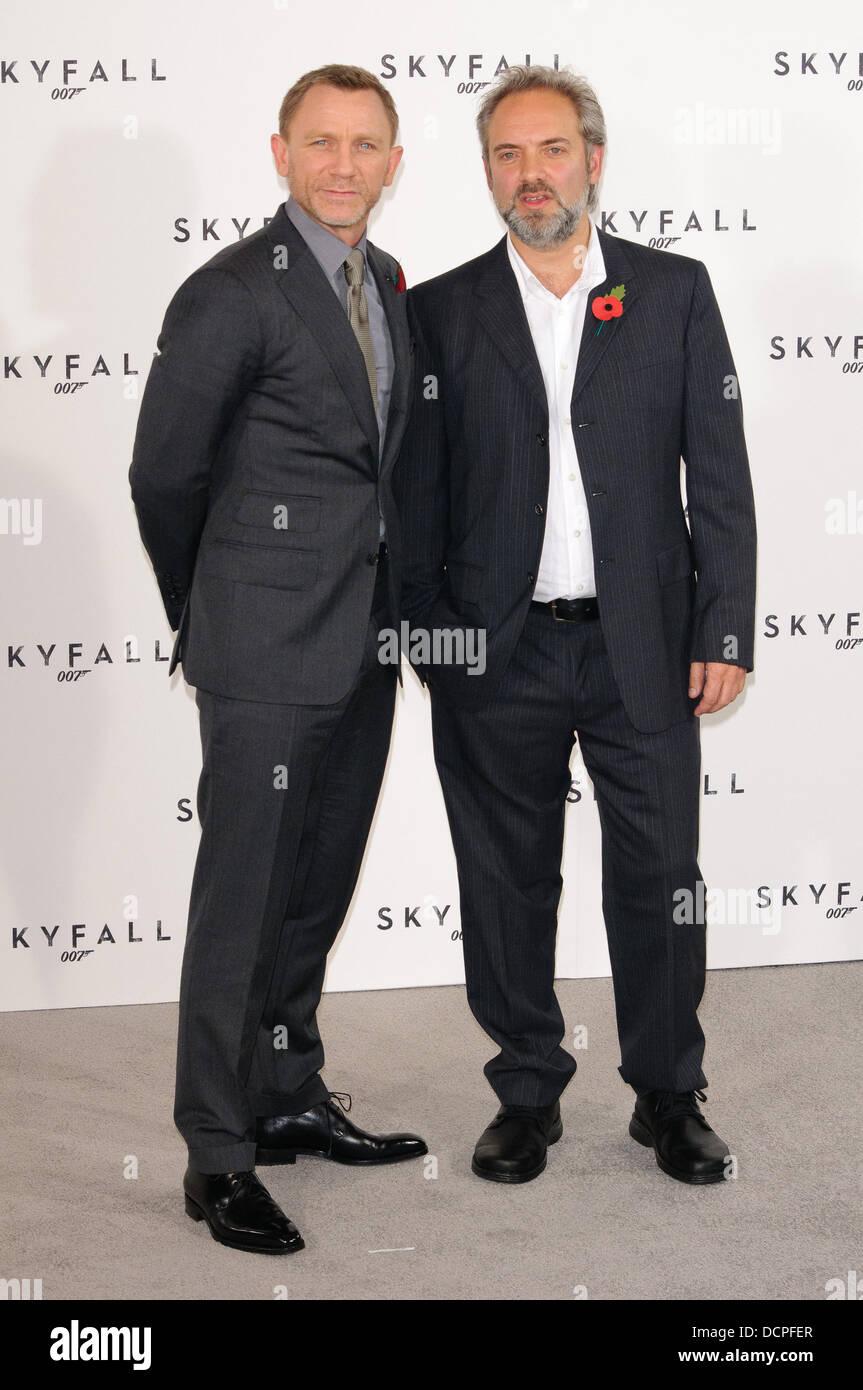 Daniel Craig And Sam Mendes Skyfall The 23rd James Bond