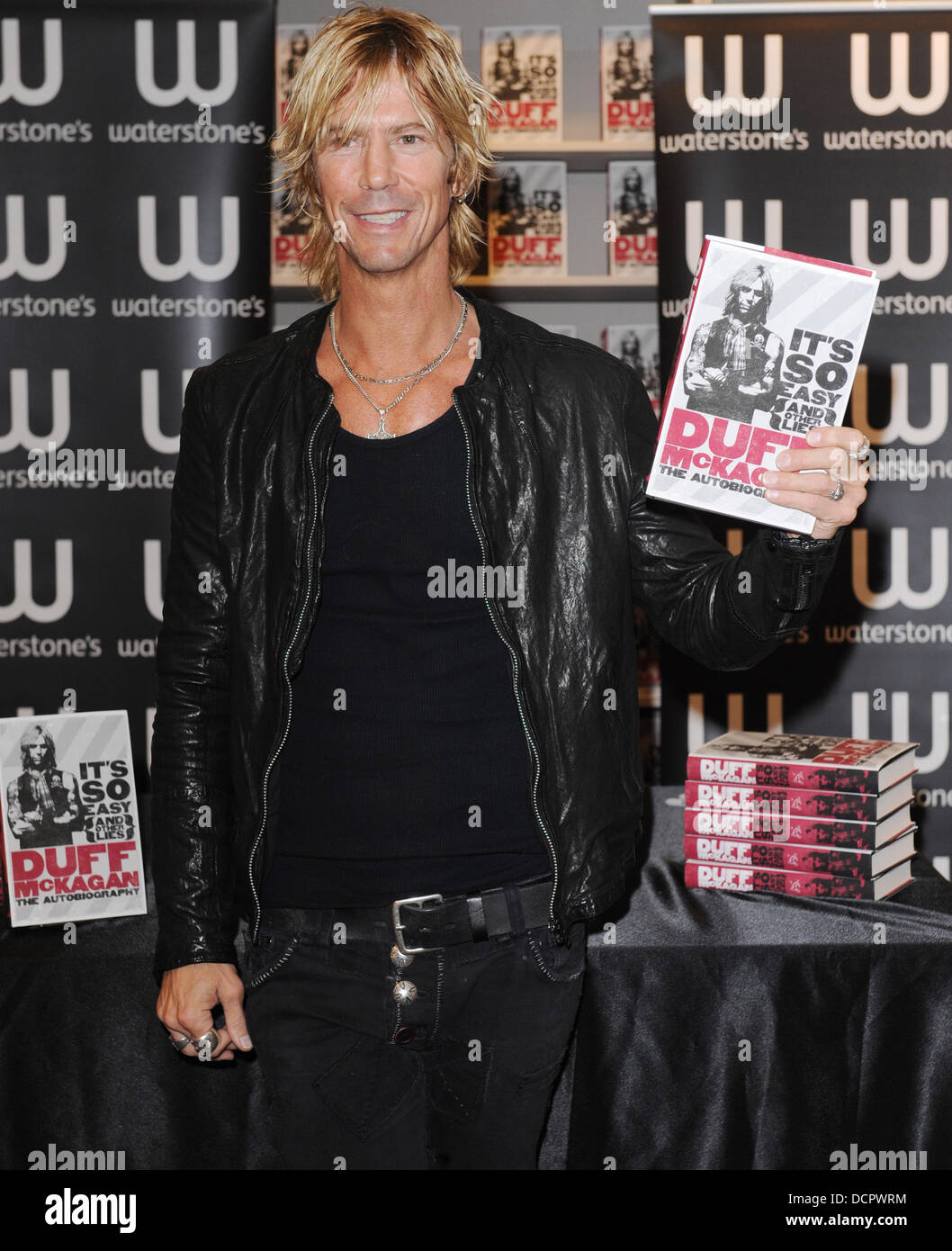 Duff McKagan signs copies of his autobiography 'It's So Easy (And Other Lies)'  at Waterstone's Oxford Street London, England - 09.11.11