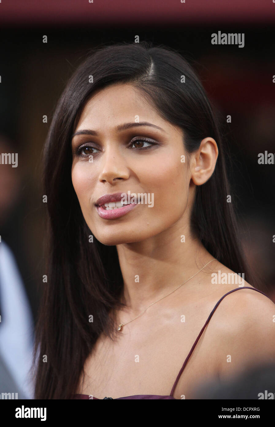 Freida Pinto appears on 'Extra' at the Grove Hollywood, California - 09.11.11 - Stock Image