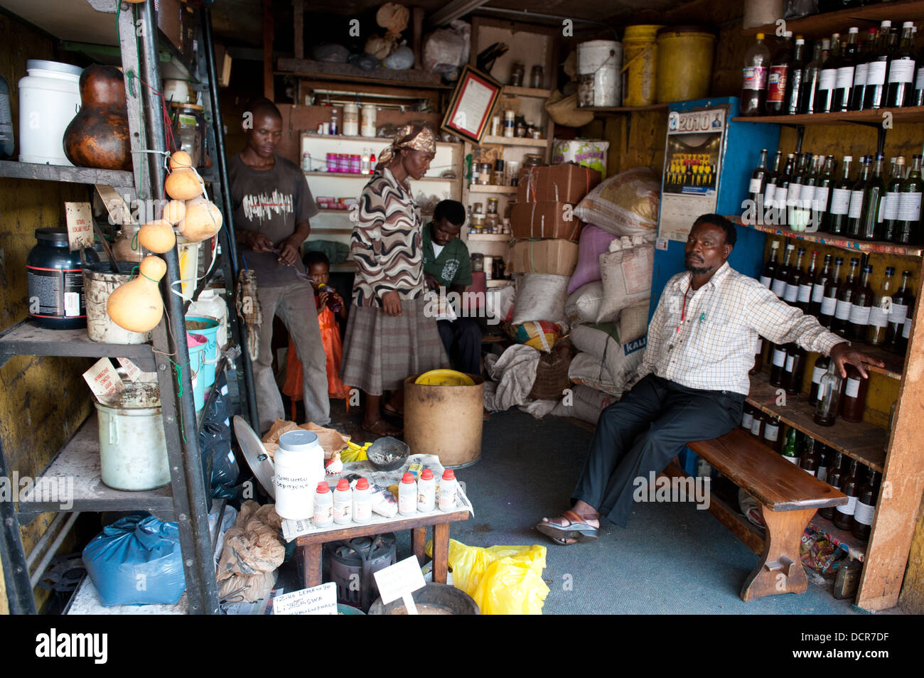 African Traditional Medicine Market Stock Photos & African