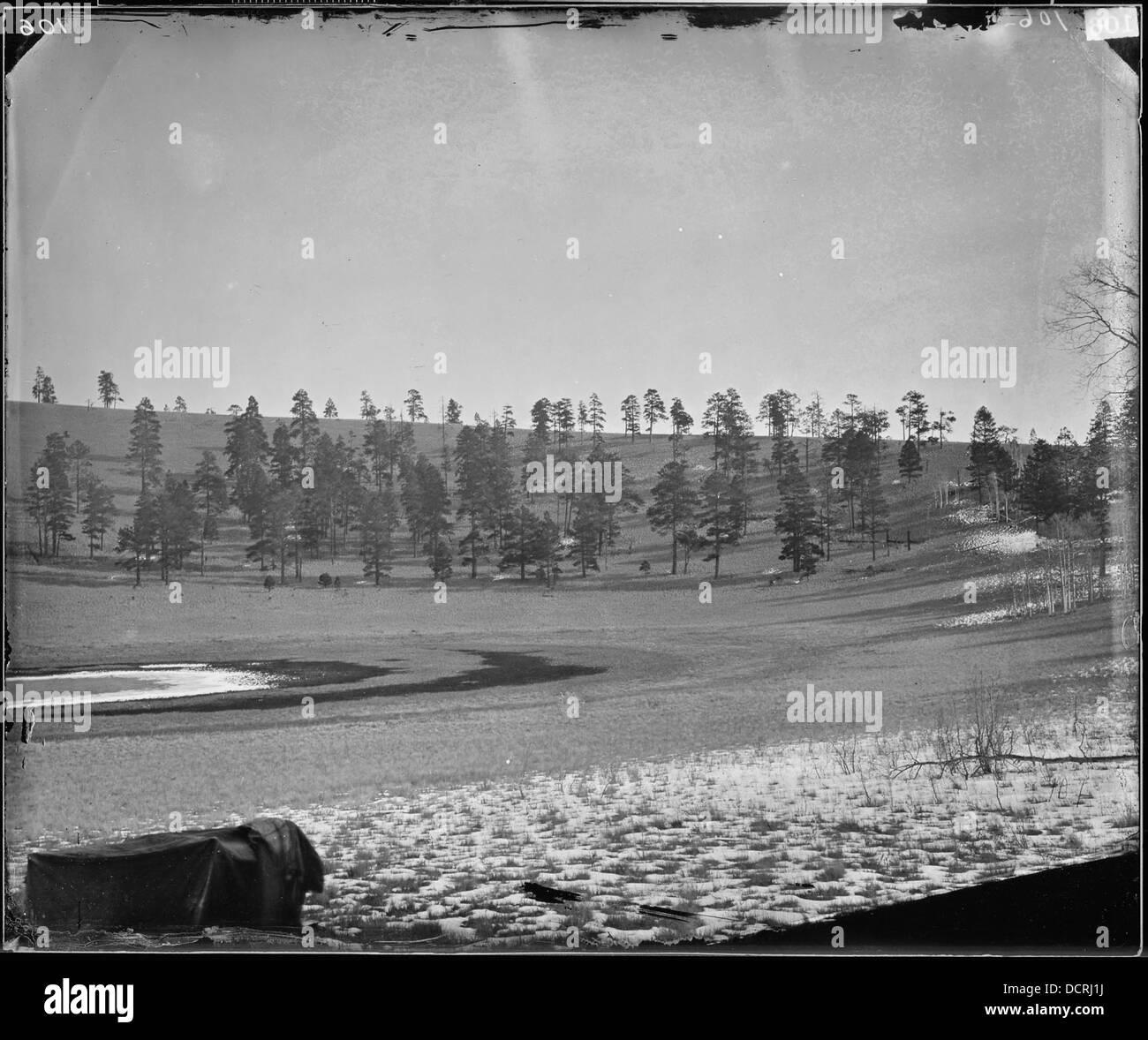 ALKAI LAKE IN EXTINCT VOLCANIC CRATER, EASTERN ARIZONA - - 524209 Stock Photo
