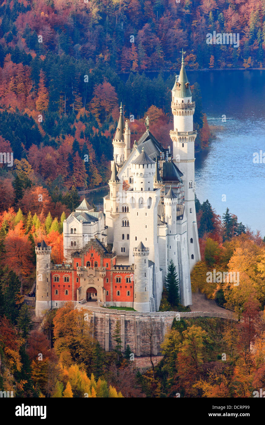Neuschwanstein Castle in Autumn colours, Allgau, Bavaria, Germany - Stock Image