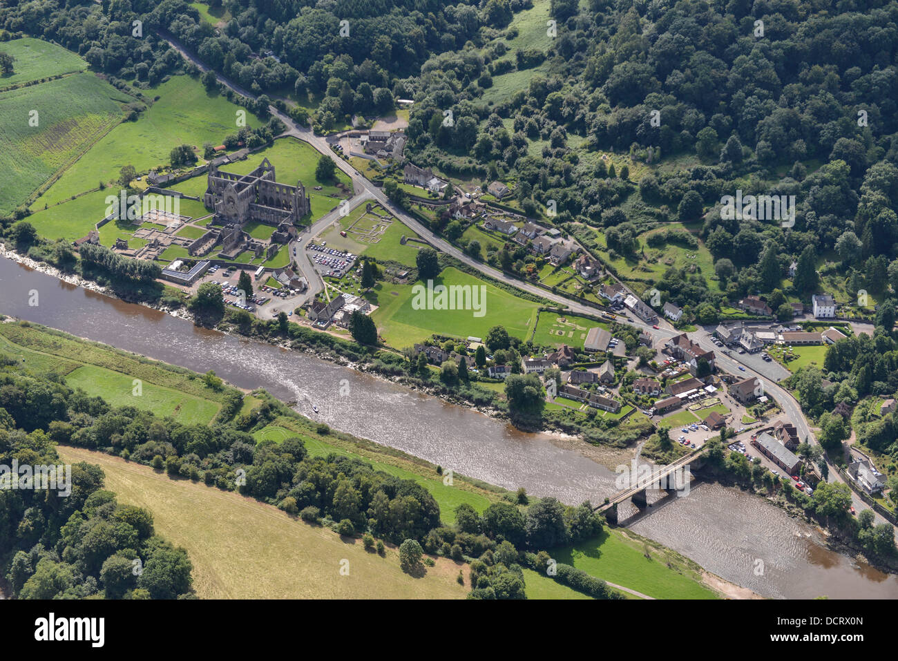Aerial photograph of Tintern Abbey and the River Wye - Stock Image