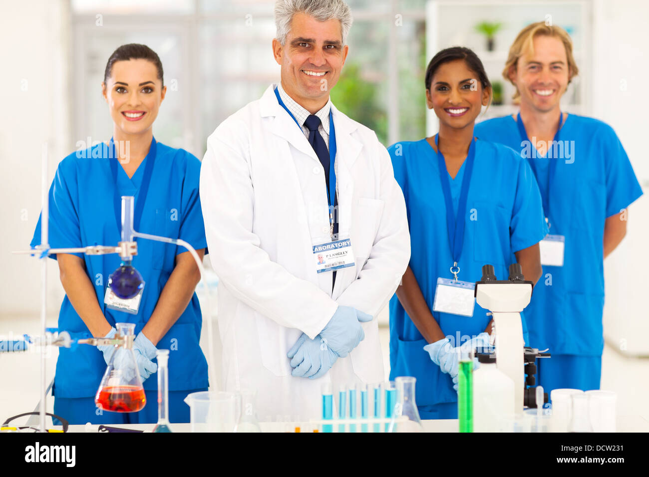 senior microbiology specialist with science student in the lab - Stock Image