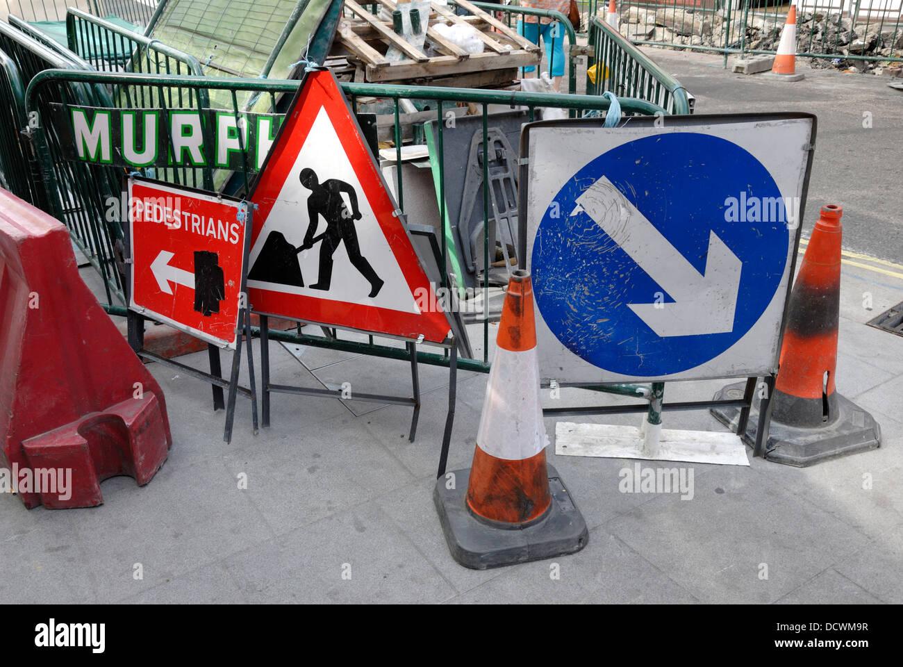 London, England, UK. Roadworks - Stock Image