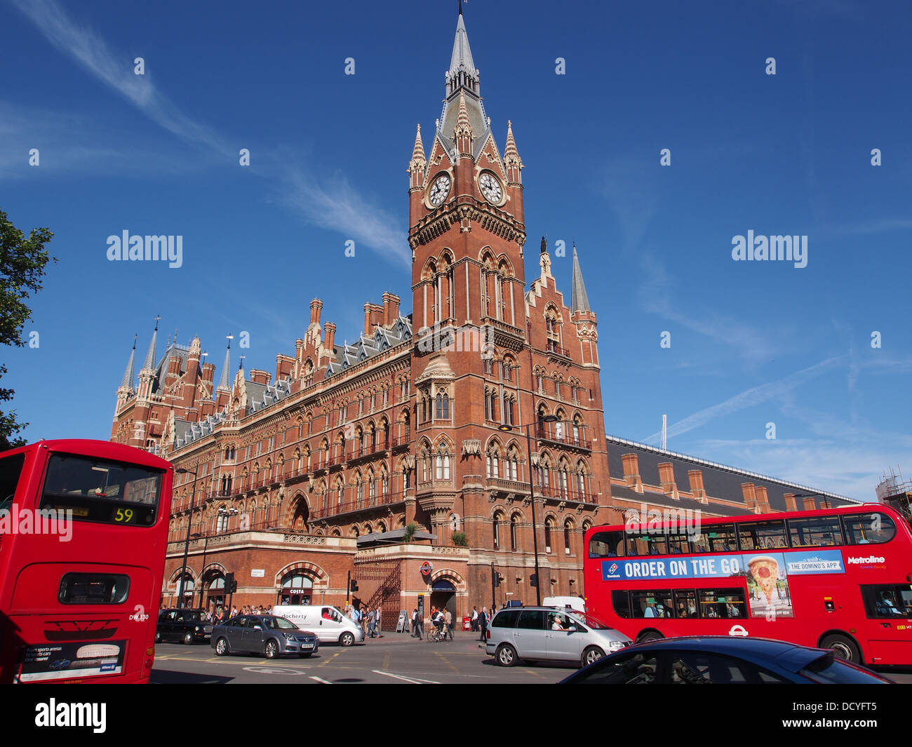 London, St. Pancras railway station hotel - Stock Image