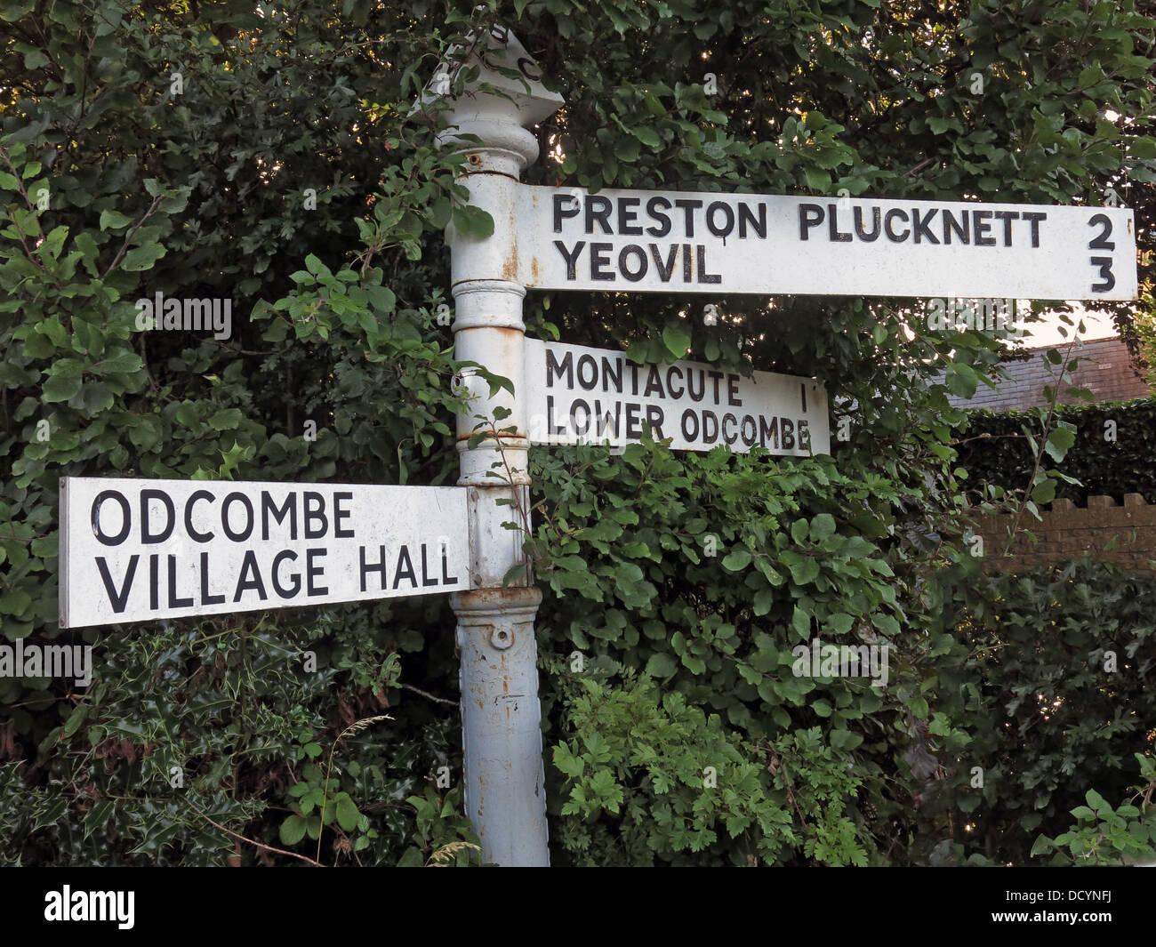 Fingerpost sign, Odcombe Village Hall, Preston Plucknett, Yeovil, Montecute, Lower Odcombe, Somerset, South West - Stock Image