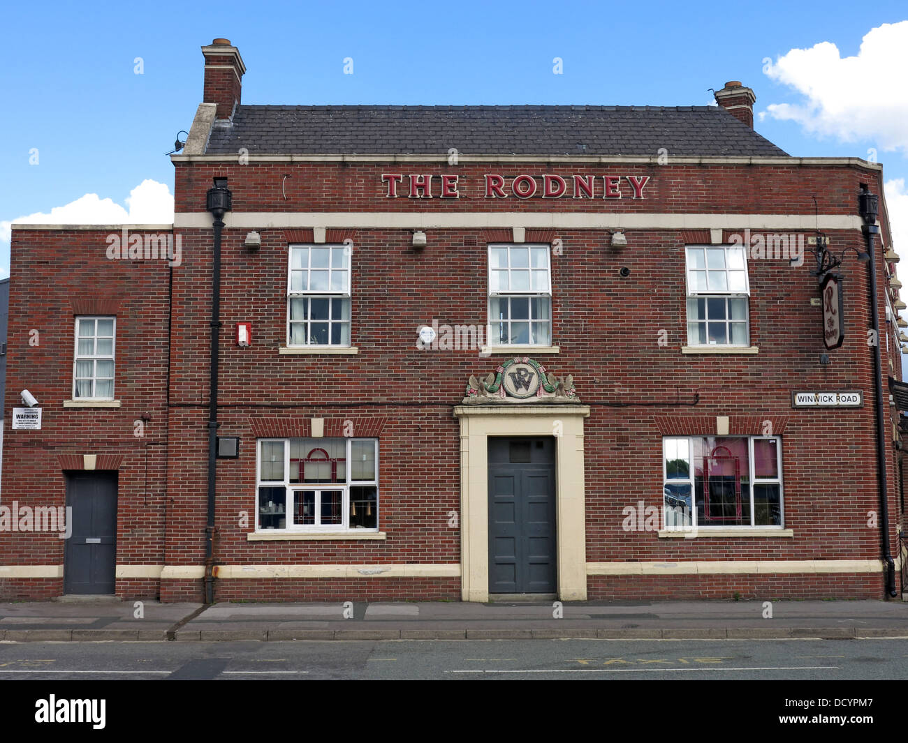 The Rodney, Lord Rodney Pub, 67 Winwick Rd, Warrington, Cheshire, North West England, WA2 7DH - Stock Image