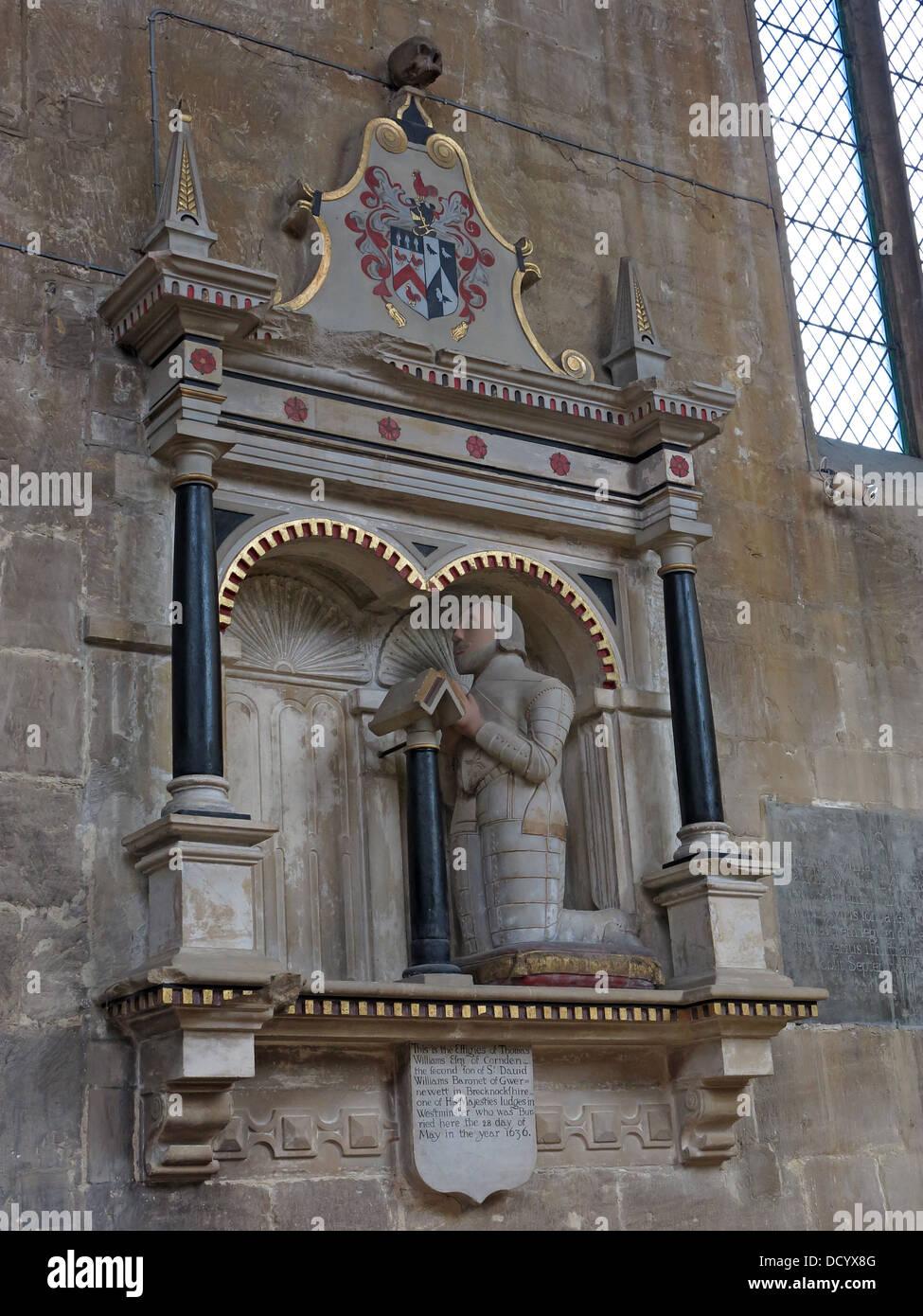 Stone Effigy of Tom Wiliams, St Peters Church, Cheltenham, Gloucester, England, UK - Stock Image