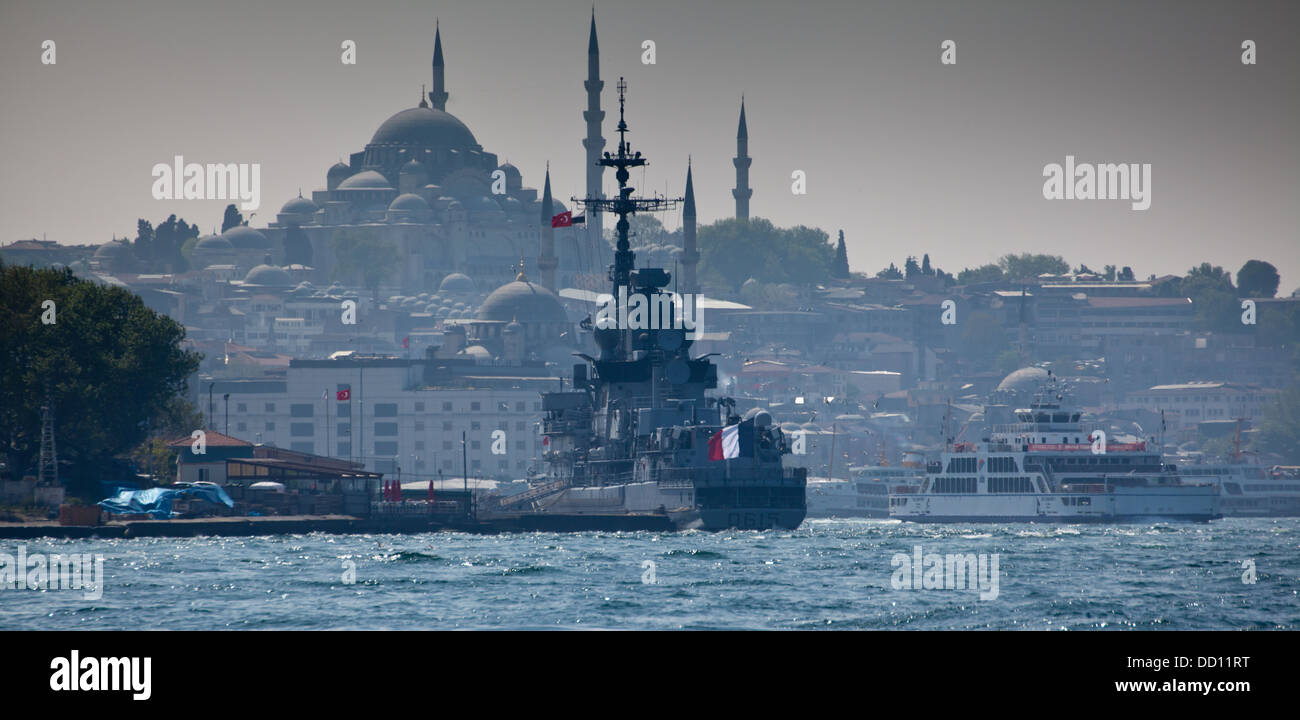 The french frigate 'Jean Bart (D615)' in Istanbul, Turkey. - Stock Image