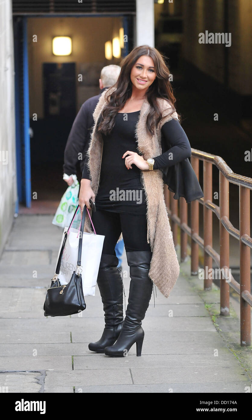 Lauren Goodger Heads To A Salon In South Kensington To Have Hair