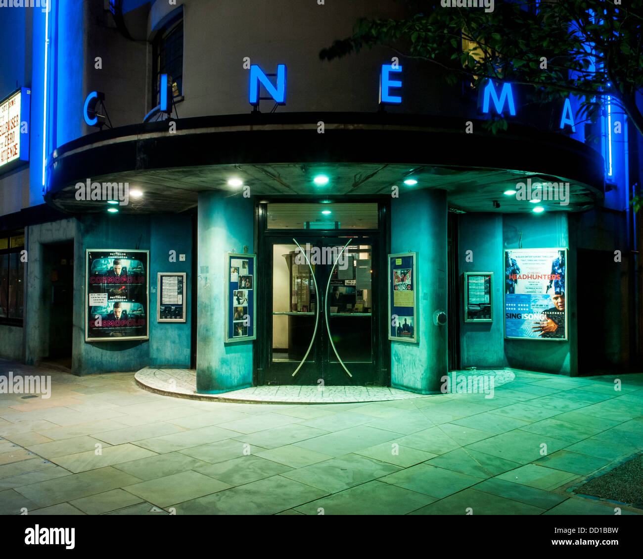 Rio Cinema, London, United Kingdom. Architect: Burrell Foley Fischer LLP + F E Bromige, 1937. Entrance to cinema Stock Photo