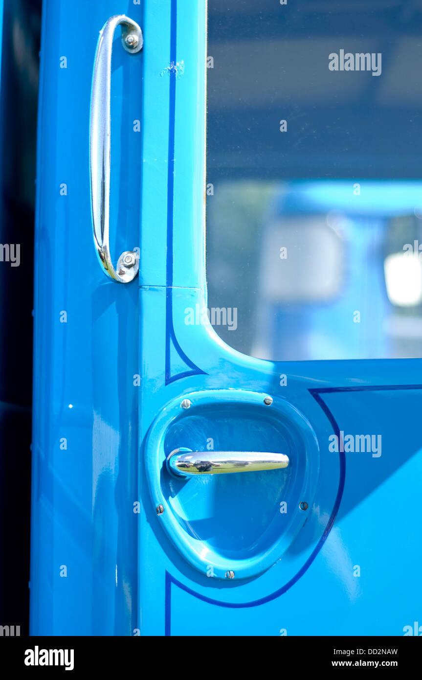 Albion Chieftain 1952 commercial door handles - Stock Image