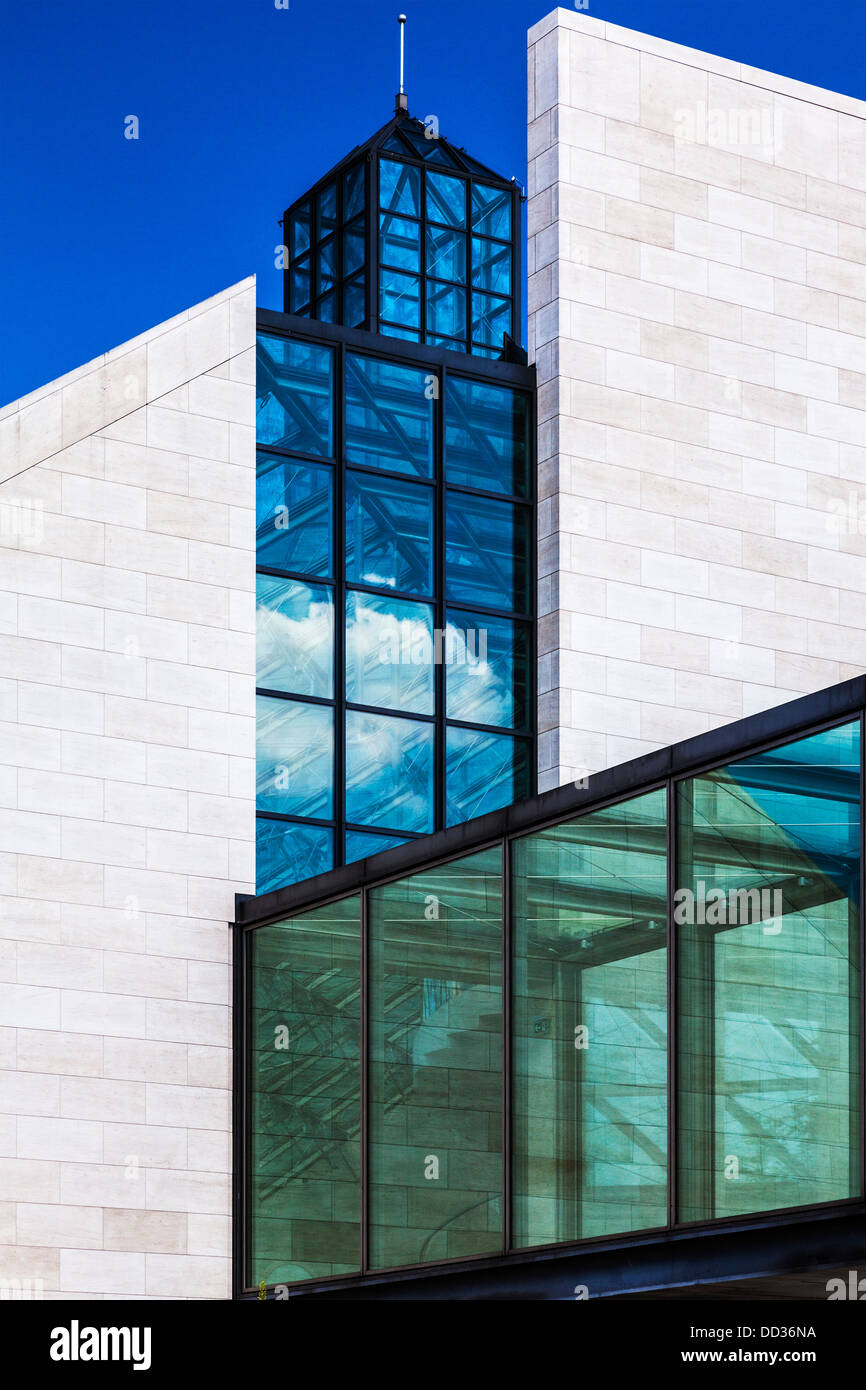 The Musée d'art moderne Grand-Duc Jean or MUDAM Museum of Modern Art in the Kirchberg district of Luxembourg - Stock Image