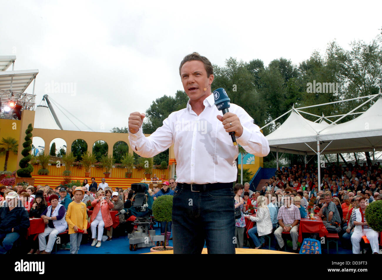 Stefan Mross is pictured at the live broadcast of the program 'Immer Wieder Sonntags' by broadcaster ARD - Stock Image